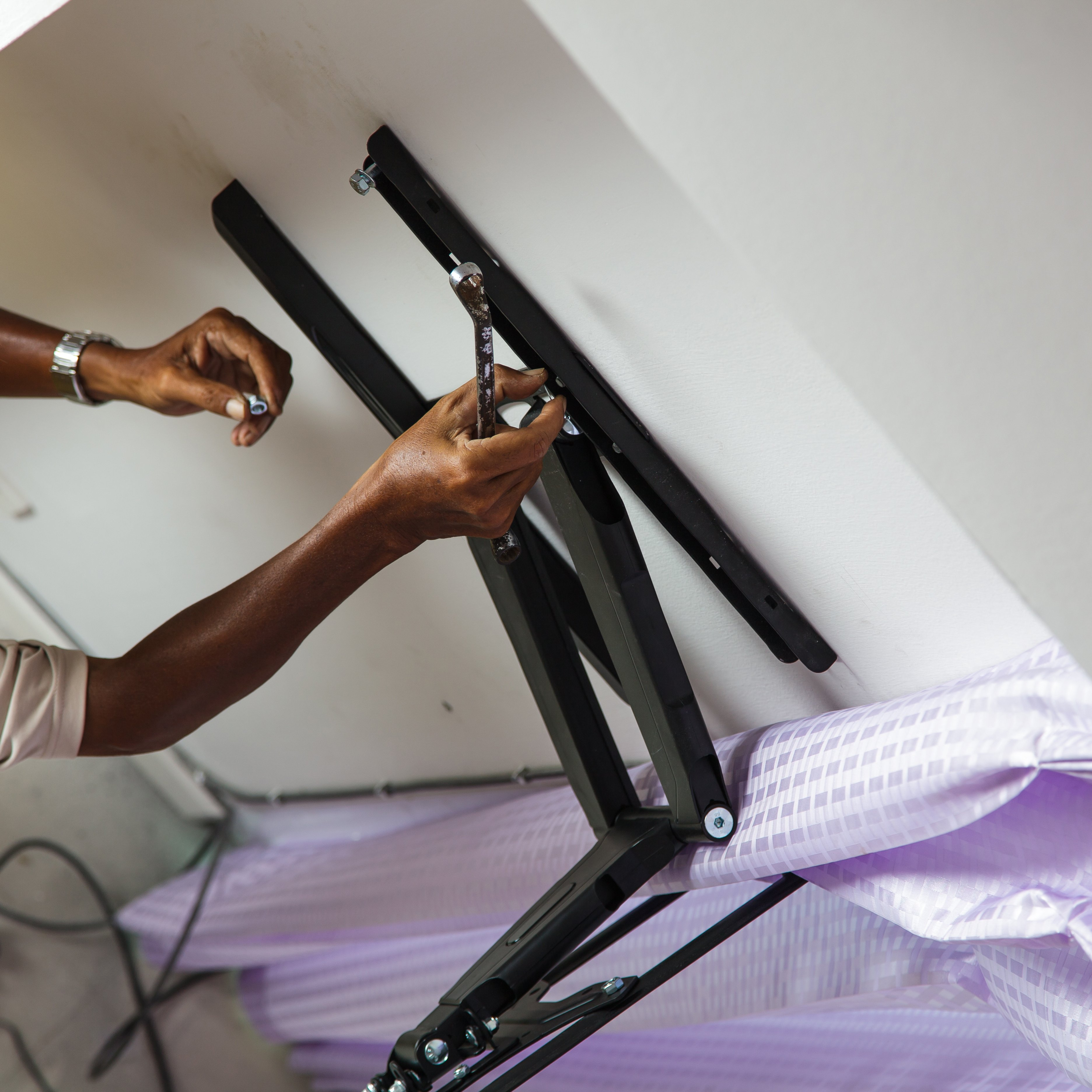 Mounting a T.V.